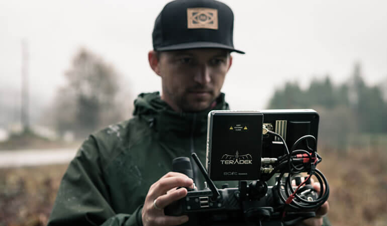 MoVI Operator Sam Nuttmann - Seattle - Teradek Sidekick - SmallHD 702 monitor