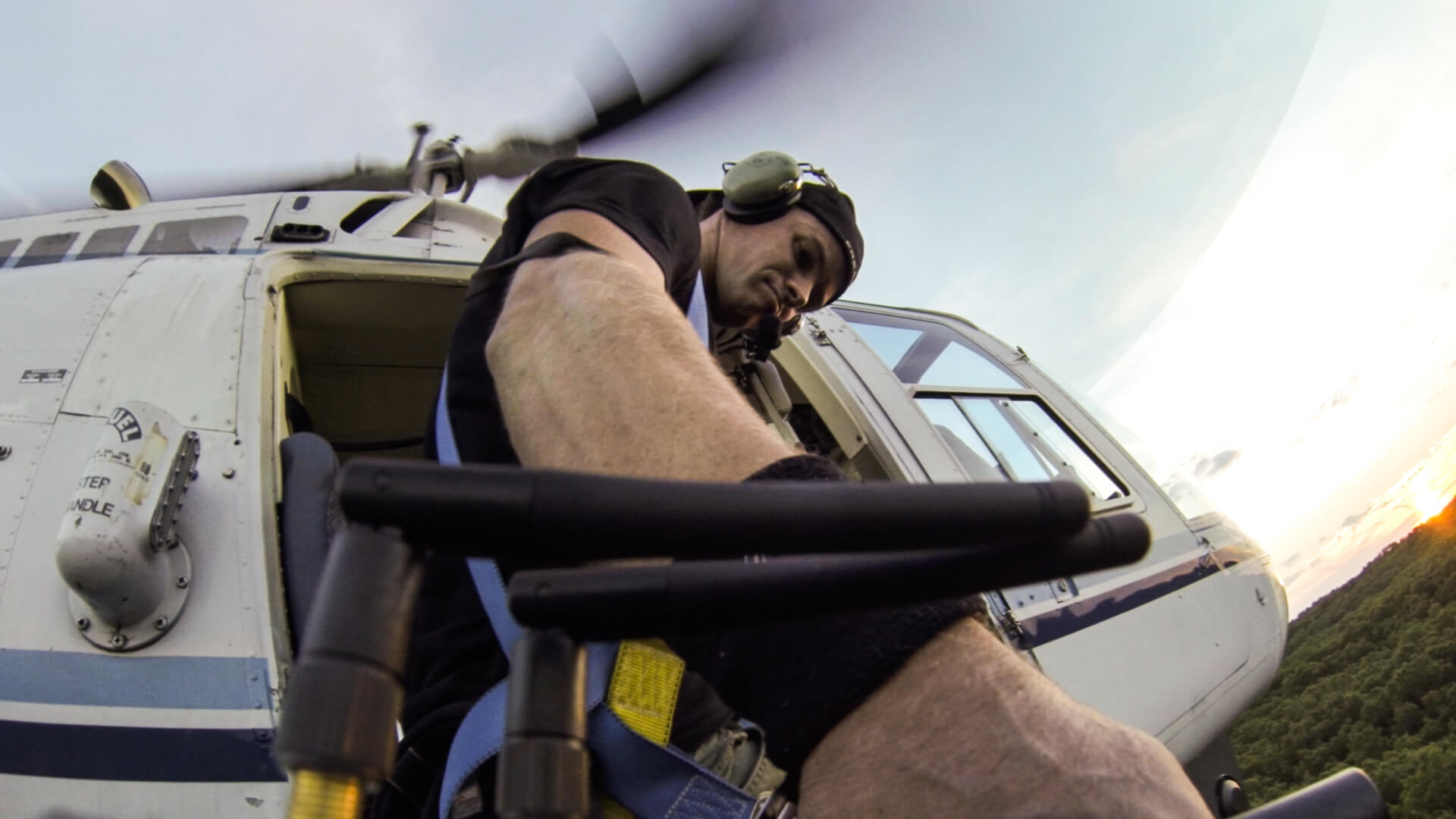 MoVI Operator Sam Nuttmann - Gus Van Sant - Sea Of Trees - operating from helicopter